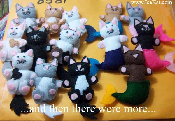 Felt Pocket Cats 2