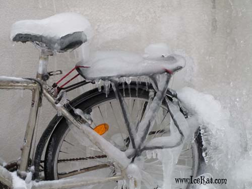 frozen bike by IceKat